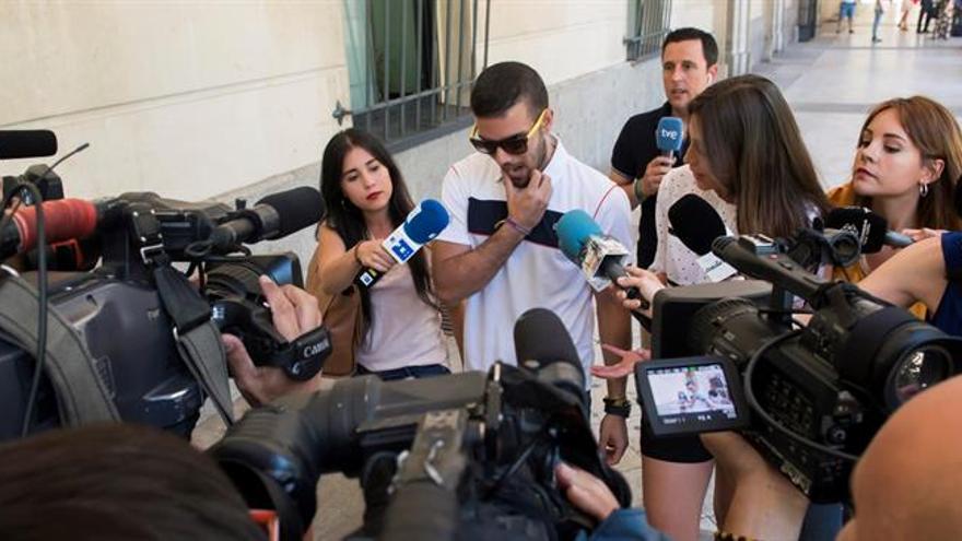 La Manada se presenta en los juzgados en Sevilla dos años después de los abusos