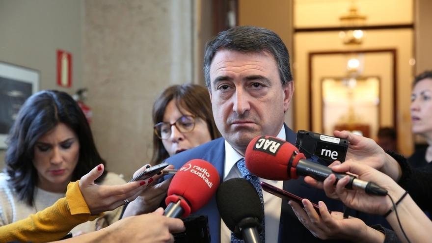 """El PNV dice que """"no tiene sentido"""" hablar de Presupuestos con el 155 y cree que el Gobierno debería mirar al PSOE"""
