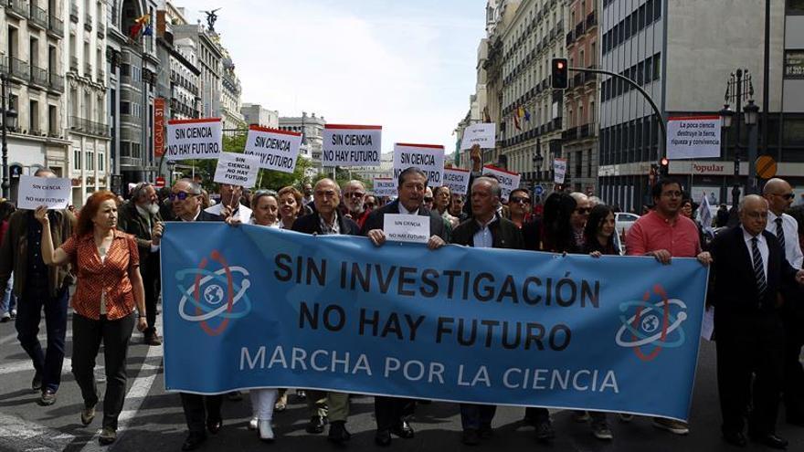 Miles de científicos reivindican en toda España que sin ciencia no hay futuro