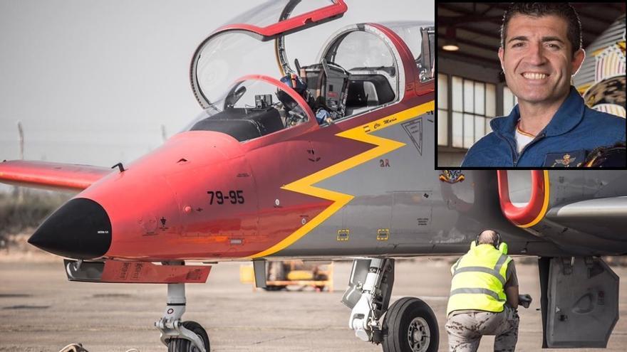 El comandante Marín, fallecido este lunes, a bordo de su C-101 de la Patrulla Águila.