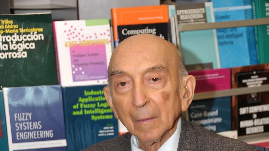 El ingeniero electrónico azerbaiyano Lotfi A. Zadeh. / Fundación BBVA