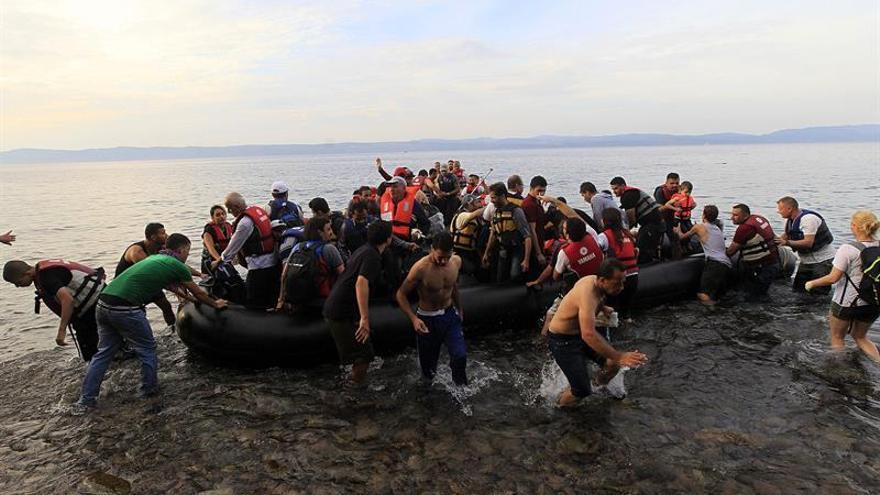 Las llegadas de migrantes y refugiados a Europa por mar rozan las 60.000
