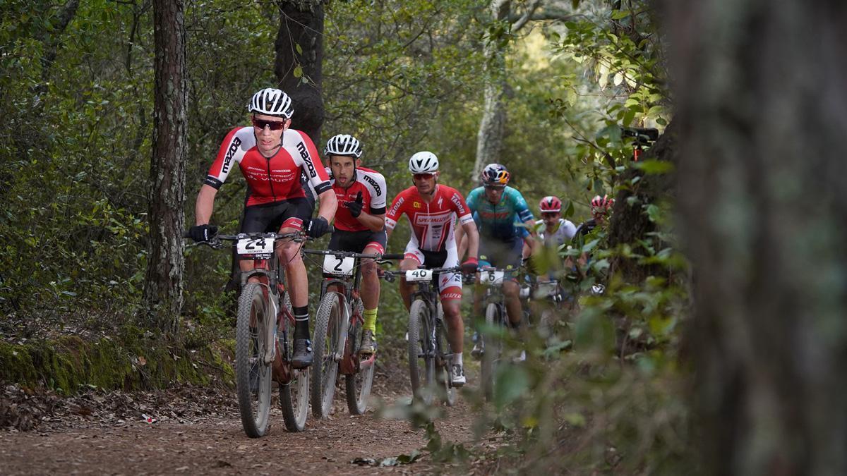 Ciclistas en una edición anterior de la Andalucía Bike Race