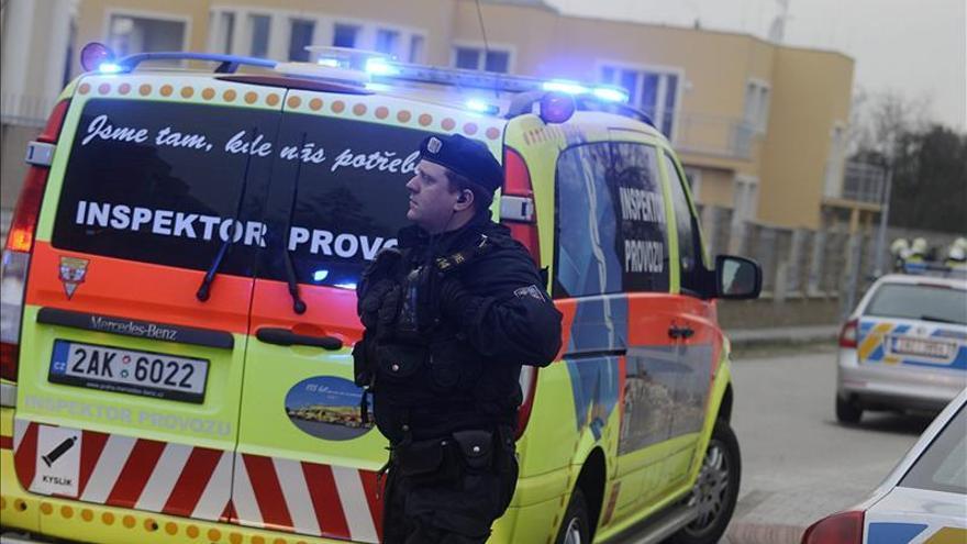 Muere el embajador palestino en Praga en una supuesta explosión pirotécnica