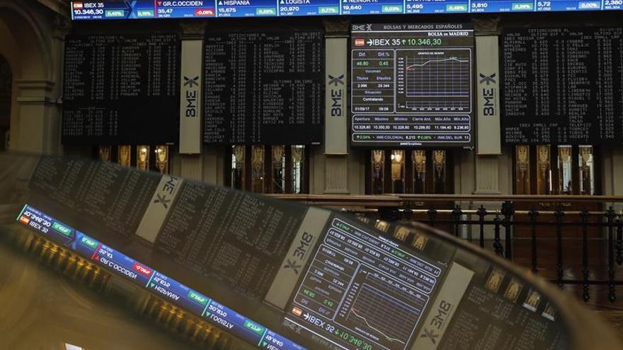 La Bolsa española inicia la semana con una caída del 0,33 por ciento y pierde los 10.300