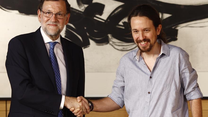 """Pablo Iglesias avisa al PSOE de que si permite que Rajoy gobierne, será su """"socio"""" y no liderará la oposición"""