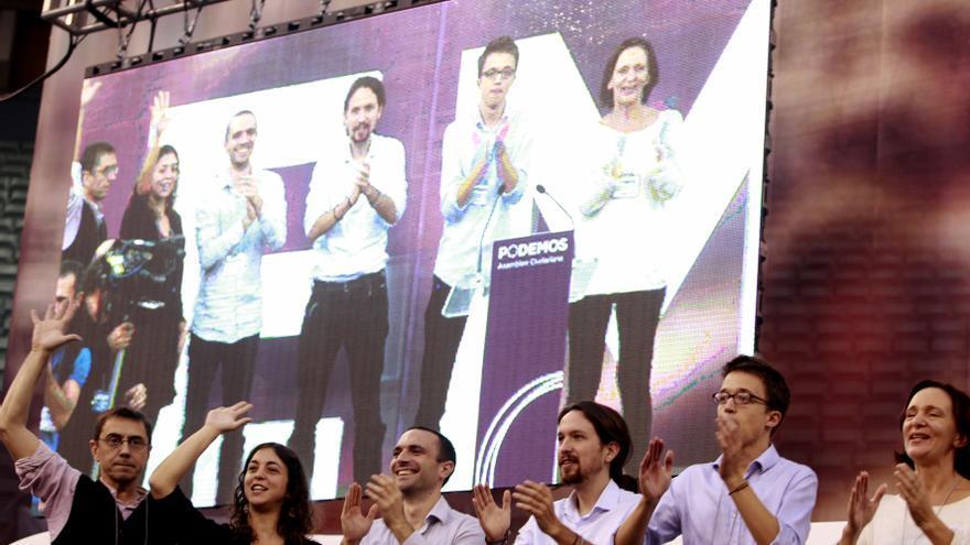 Luis Alegre, Pablo Iglesias e Íñigo Errejón, en la Asamblea de Podemos en Vistalegre. / Marta Jara
