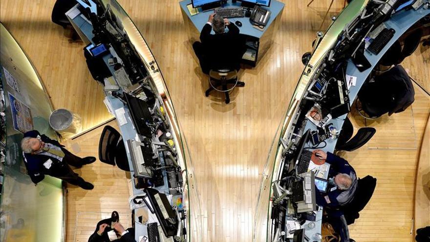 Wall Street abre mixto y el Dow Jones sube el 0,33 por ciento