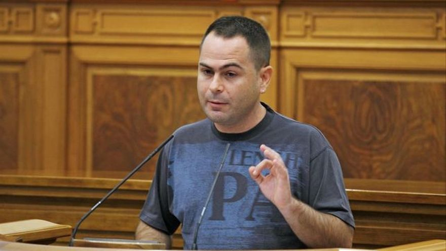 El diputado regional de Podemos David Llorente
