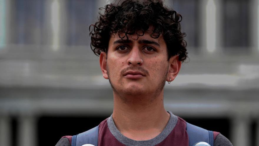Sergio Morataya, la voz joven de las protestas contra Giammattei en Guatemala