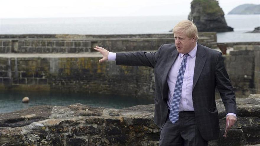 Boris Johnson provoca polémica al comparar la UE con el proyecto de Hitler