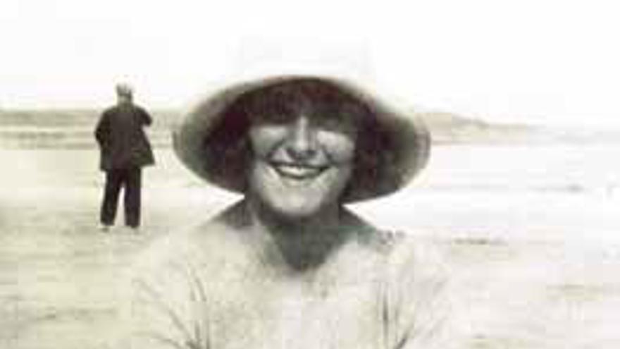 Ana María de Cagigal nació en Santander en 1900. Durante su juventud se convirtió en una de las más destacadas activistas locales en defensa de la lucha de la mujer.