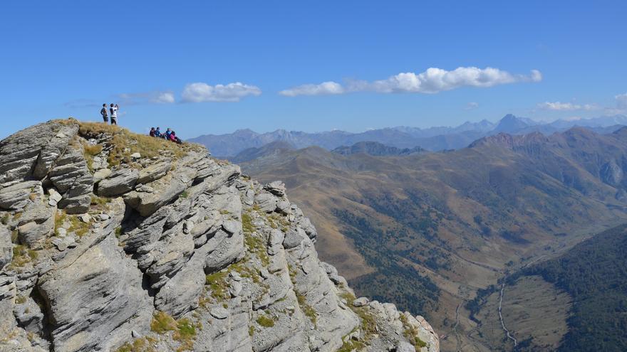 Las mayores cimas de los Valles Occidentales del Pirineo oscense superan los 2.500 metros de altitud. Asier Sarasua Aranberri