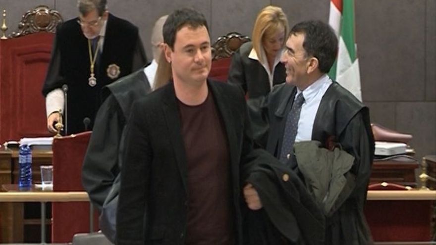 El TSJPV sobresee la causa contra Arraiz por sus palabras en las que instaba a 'dar jaque mate' a la Guardia Civil