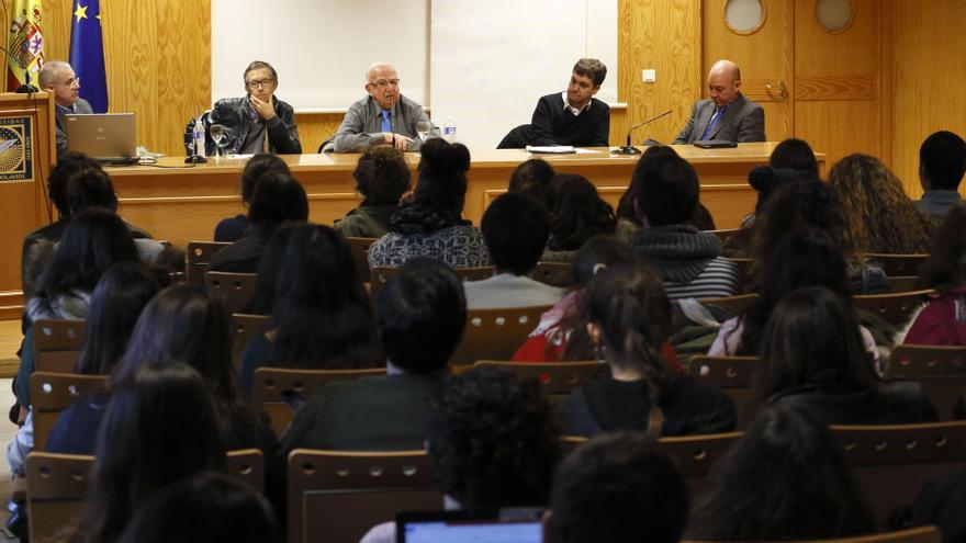 Klainman, en una charla con alumnos de la Universidad Pablo de Olavide (Sevilla).