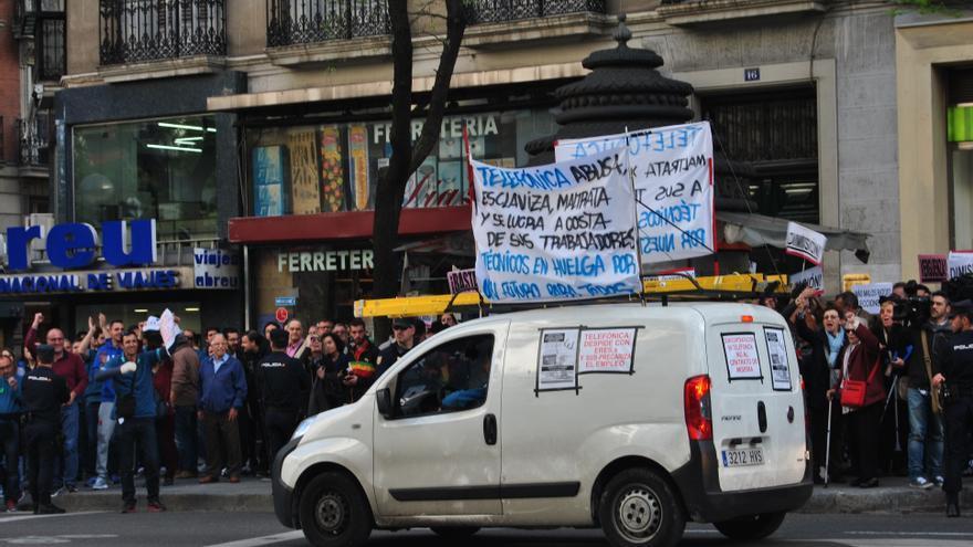 La protesta de los técnicos de Telefónica también ha tenido visibilidad en Génova. / Mercedes Domenech