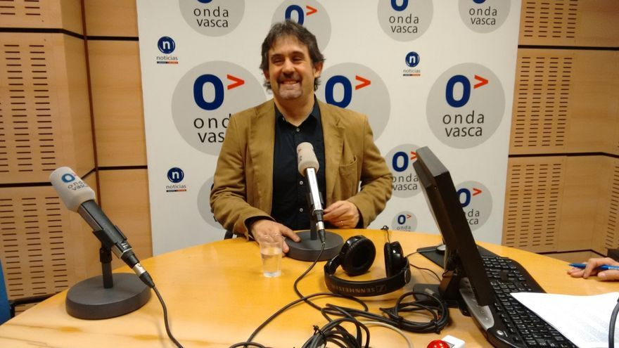 """Urizar cree que en España hay """"poco margen de maniobra"""" para el cambio, pero """"sí para iniciarlo en Euskal Herria"""""""