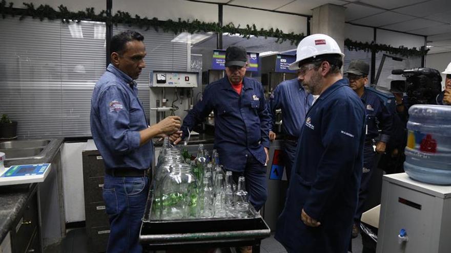 Eurodiputado Couso apoya industrialización estatal de empresas en Venezuela