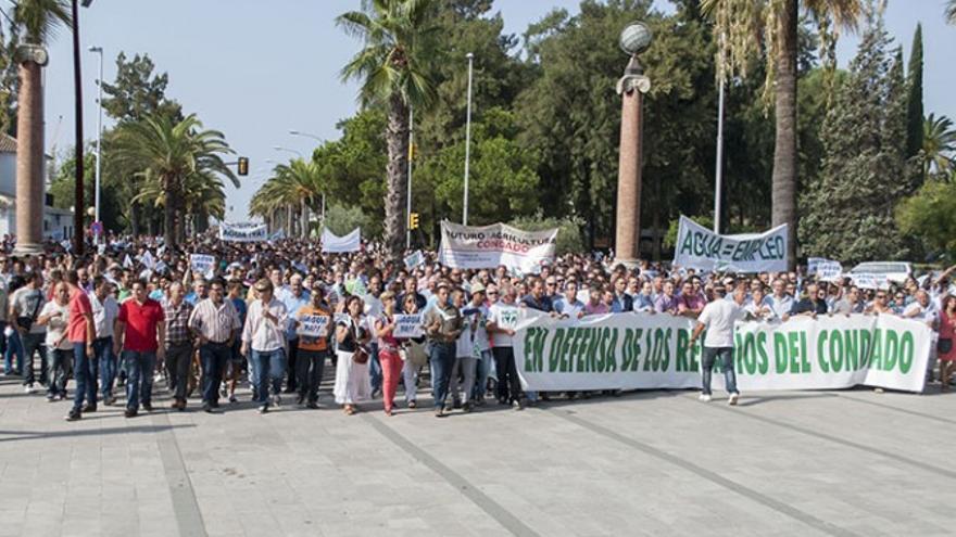 Un instante de la manifestación por los regadíos del Condado el pasado 28 de agosto.