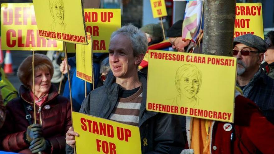 La defensa de Ponsatí quiere citar a Sánchez y Rajoy en juicio de extradición