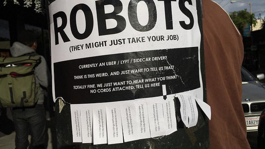 Los robots y la inteligencia artificial no son los únicos causantes de la disminución de puestos de trabajo