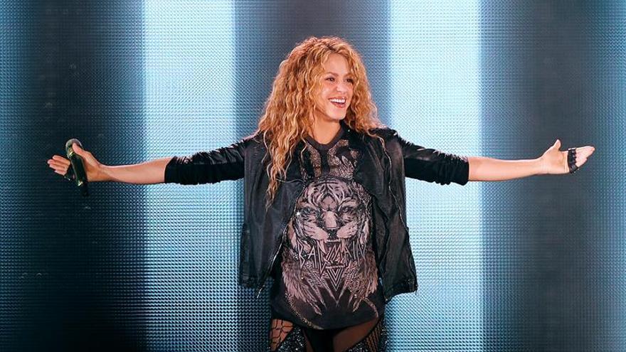 Shakira deslumbra en el cierre de su gira mundial con un emotivo show en Bogotá