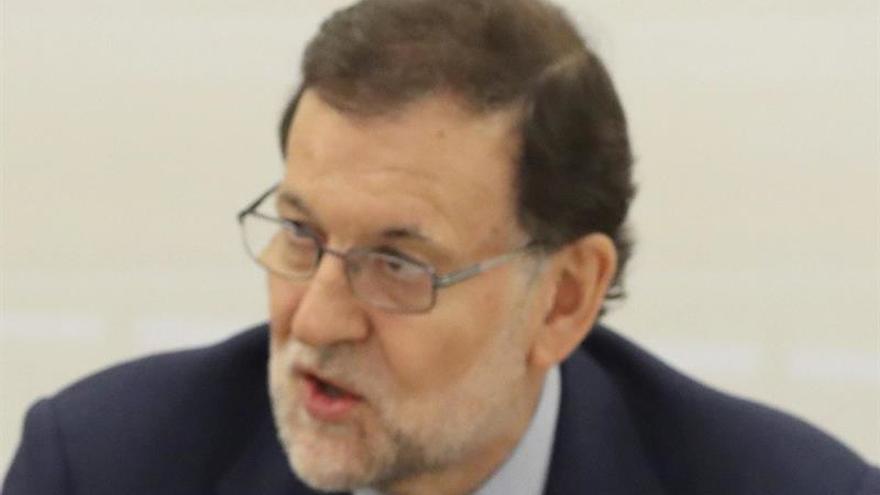Rajoy pretende hacer patente en Hamburgo la solidez de la economía española