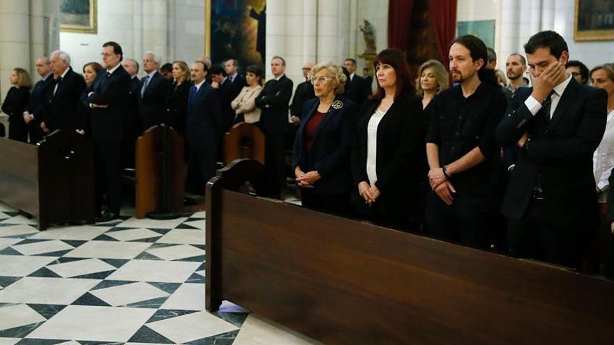 Los Reyes encabezan el homenaje de España a los ecuatorianos víctimas del terremoto