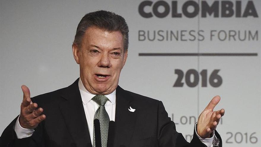 Santos confirma que FARC entregarán bienes y dinero para reparar a las víctimas
