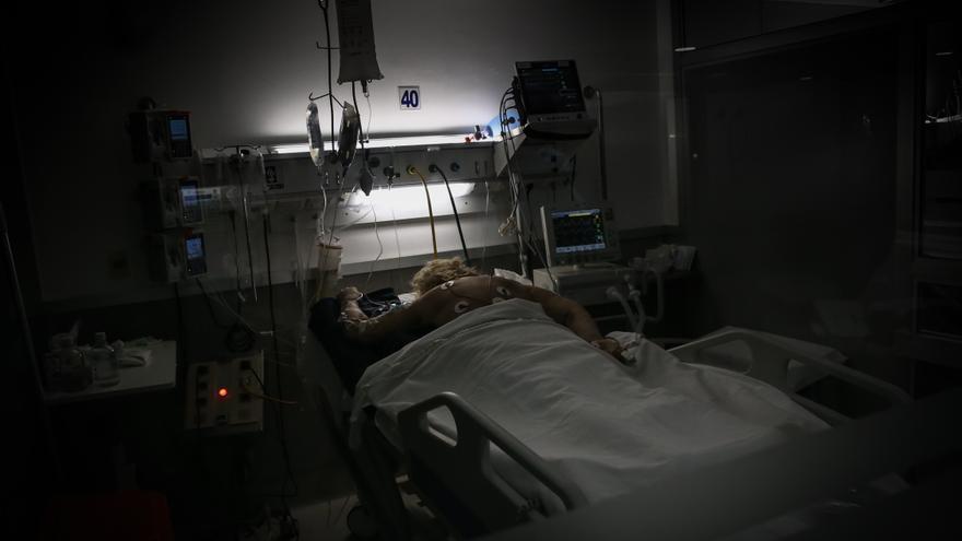 Uruguay registra 1.296 casos y 27 fallecidos nuevos por covid-19