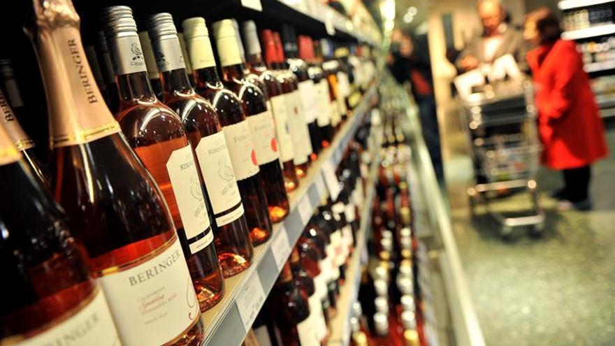 """El alcohol propicia la""""paradoja nórdica"""" de igualdad y violencia en la pareja"""