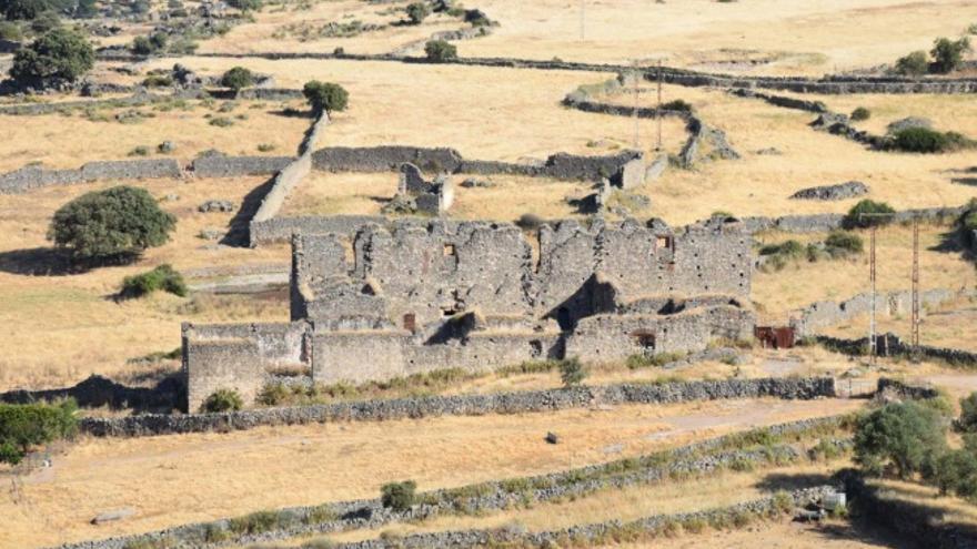 Convento de la Magdalena, del siglo XVII, en el berrocal de Trujillo