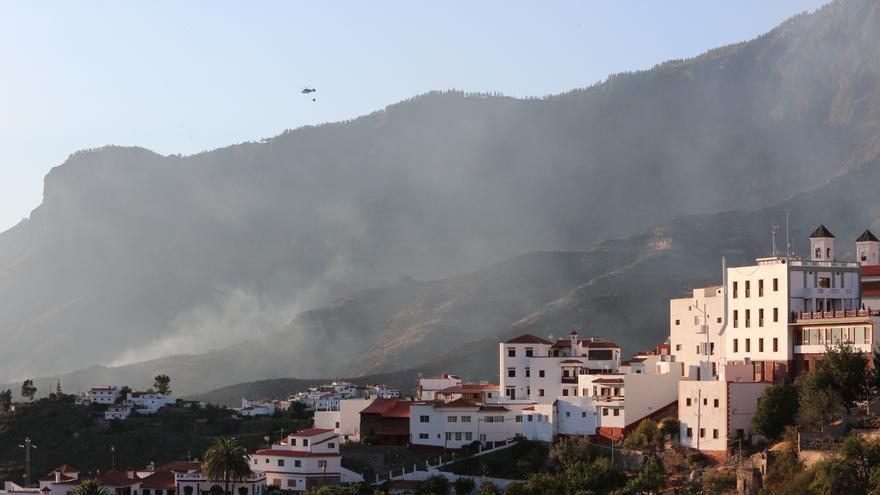 Labores de extinción del incendio en Gran Canaria