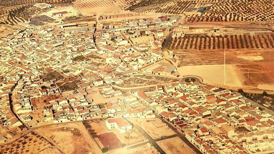 Foto aérea de Albaida (Sevilla) del año 1990