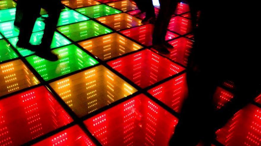"""De """"experimento"""" a templo del tecno, la evolución de la discoteca en 50 años"""