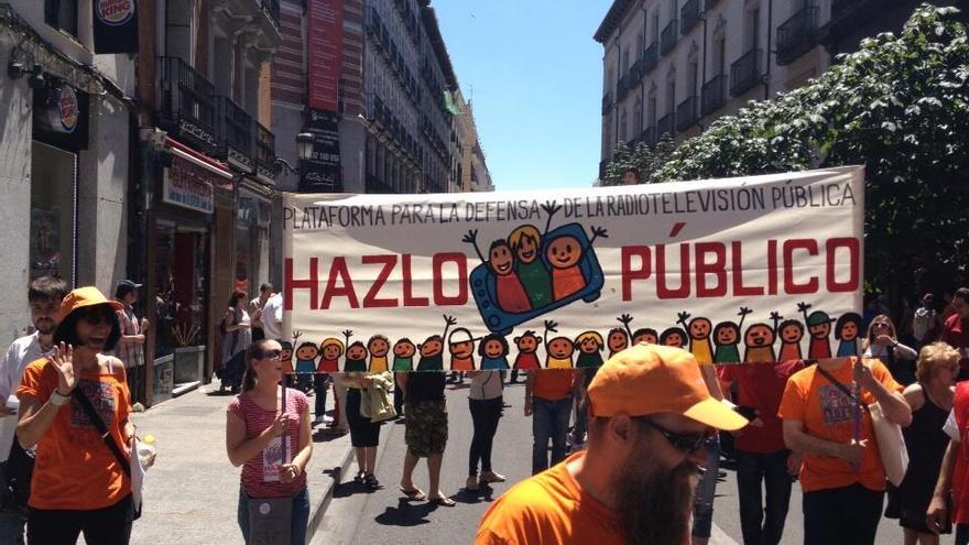 Protesta en defensa de RTVE / @publicatv