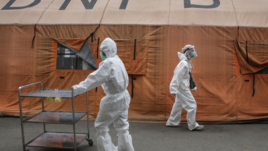 Indonesia afronta un fuerte rebrote de la covid-19 con hospitales llenos