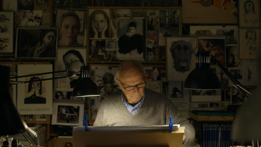 Fotograma del cineasta Carlos Saura en el documental 'Saura(s)'