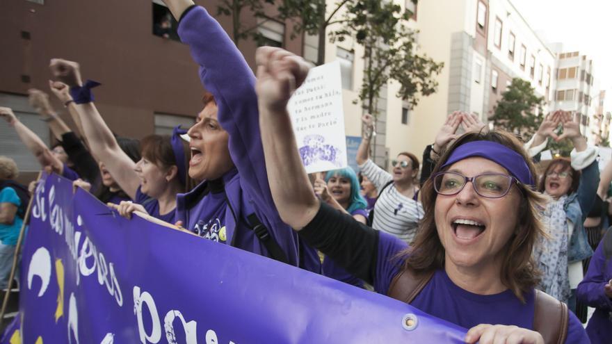 Manifestación feminista en Santa Cruz de Tenerife