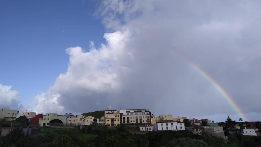 Precipitaciones este martes en La Palma que en el sur y oeste podrán ser localmente persistentes y acompañadas de chubascos fuertes