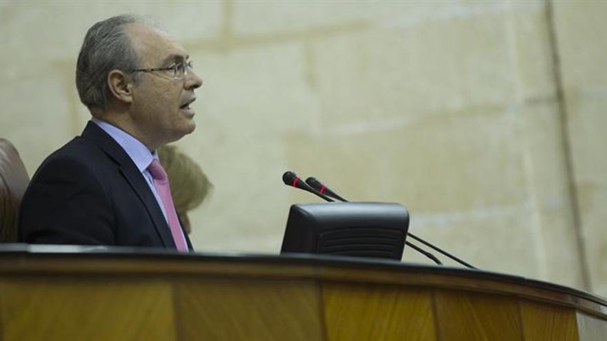 El presidente del Parlamento andaluz es elegido presidente de la CALRE para 2017