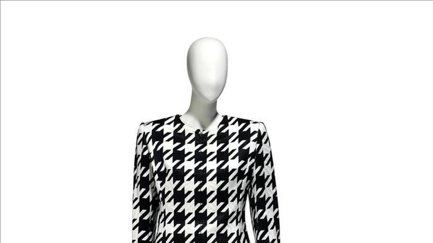 """A subasta """"online"""" una colección de la gurú y periodista de moda Suzy Menkes"""