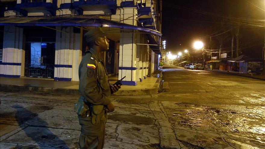 La Policía halla en una vivienda de Bogotá los cuerpos de cuatro miembros de una familia