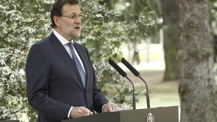 """Rajoy dice que la creación de empleo """"avanza con fuerza de manera sostenida"""" pero que no caerá """"en la autocomplacencia"""""""