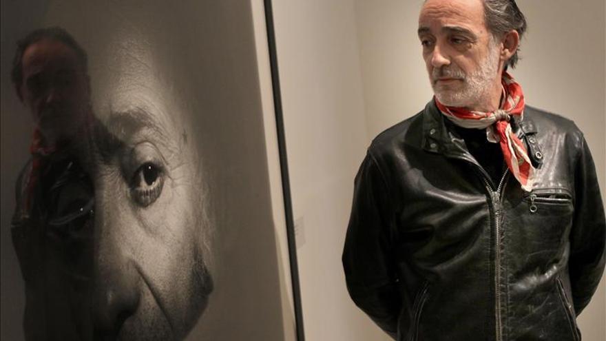 """García-Alix entona el Asturias """"Patria querida"""" en el Conde Duque de Madrid"""
