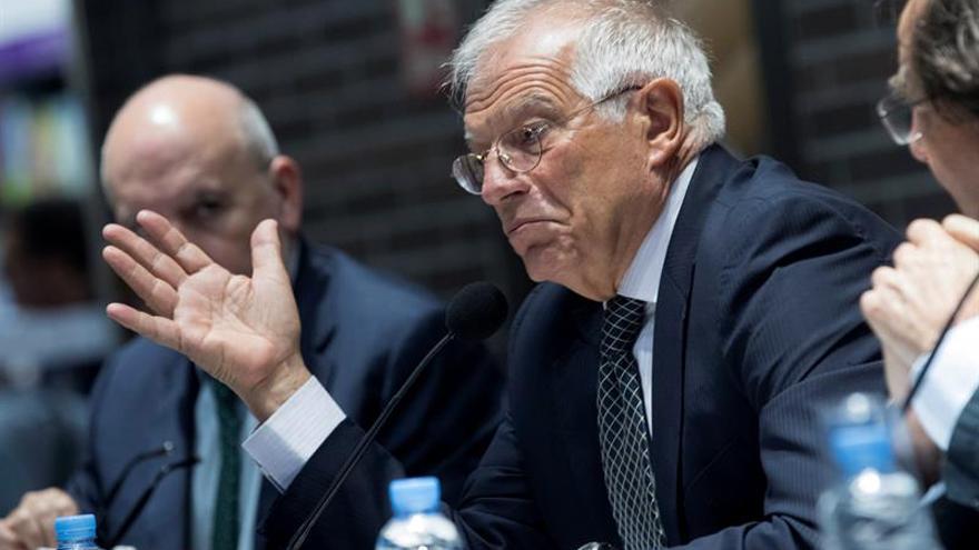 """Josep Borrell: """"Hasta el 1 de octubre solo hay tiempo para cumplir la ley"""""""