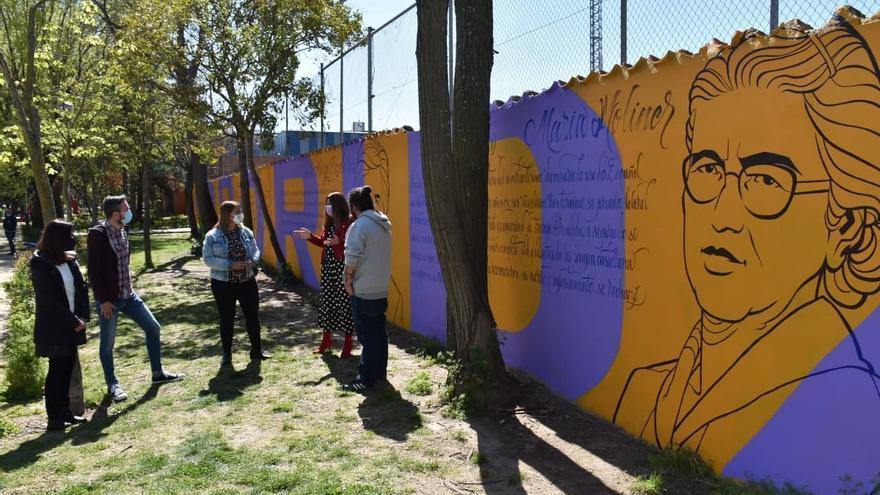 Un mural de 50 metros celebra la sororidad y recuerda a seis ilustres mujeres en Talavera de la Reina