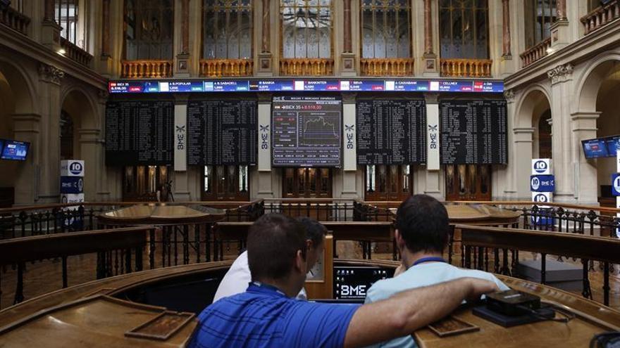 La Bolsa española sube un 0,84 % en la apertura y recupera los 8.500 puntos