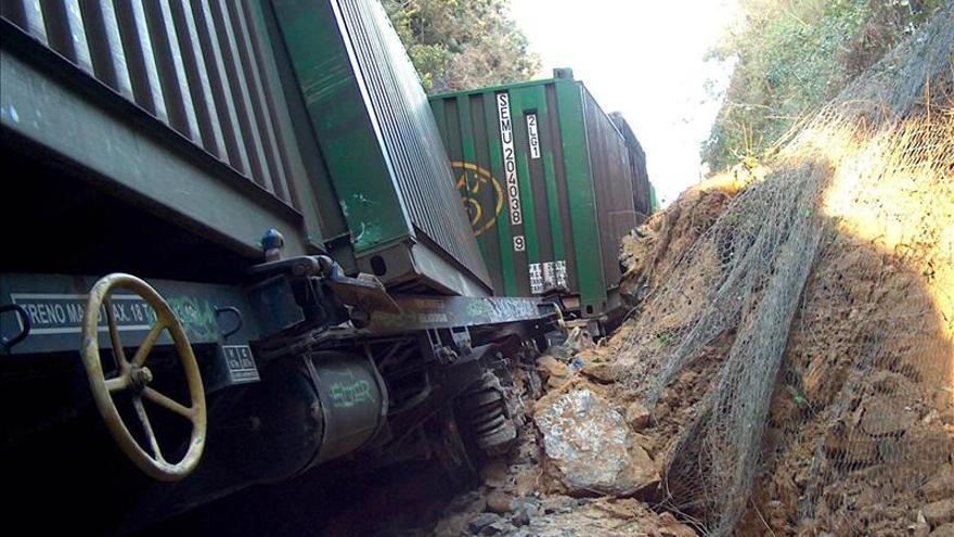 Descarrila un tren en Ourense sin ocasionar daños personales