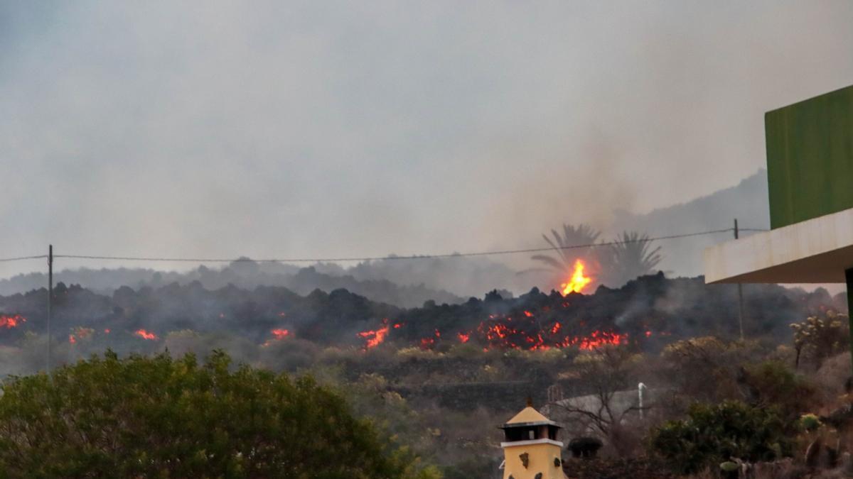 La lava ha afectado a numerosas viviendas.